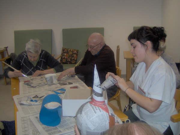 Residencias asistidas para personas mayores for Sillon alto para personas mayores