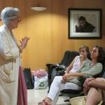 Tina responsable de voluntariat a Sant Joan de Déu ENS explica la història de la institucionalització